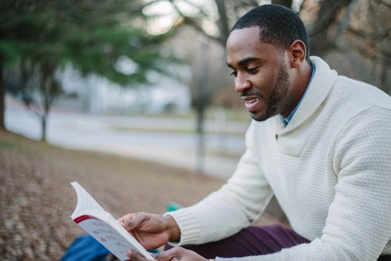 6 Successful Entrepreneurs and the Books That Changed Their