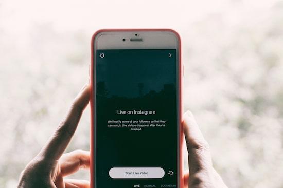 The Stories Showdown: Snapchat vs. Instagram